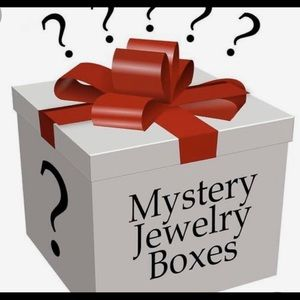 Jewelry - Mystery box... read details...